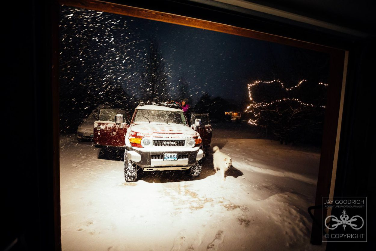 Practice Photography Locally Post Photo - Snow Storm FJ Cruiser