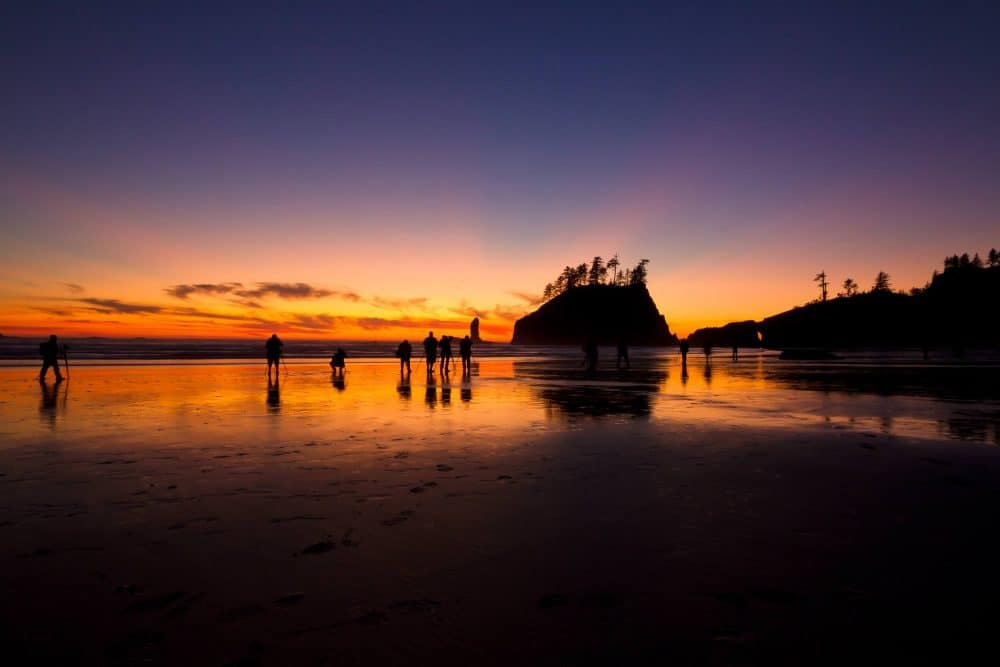 Photo Workshop Model - Photographers at Sunset