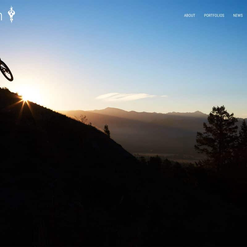 custom portfolio website example by jaygoodrich